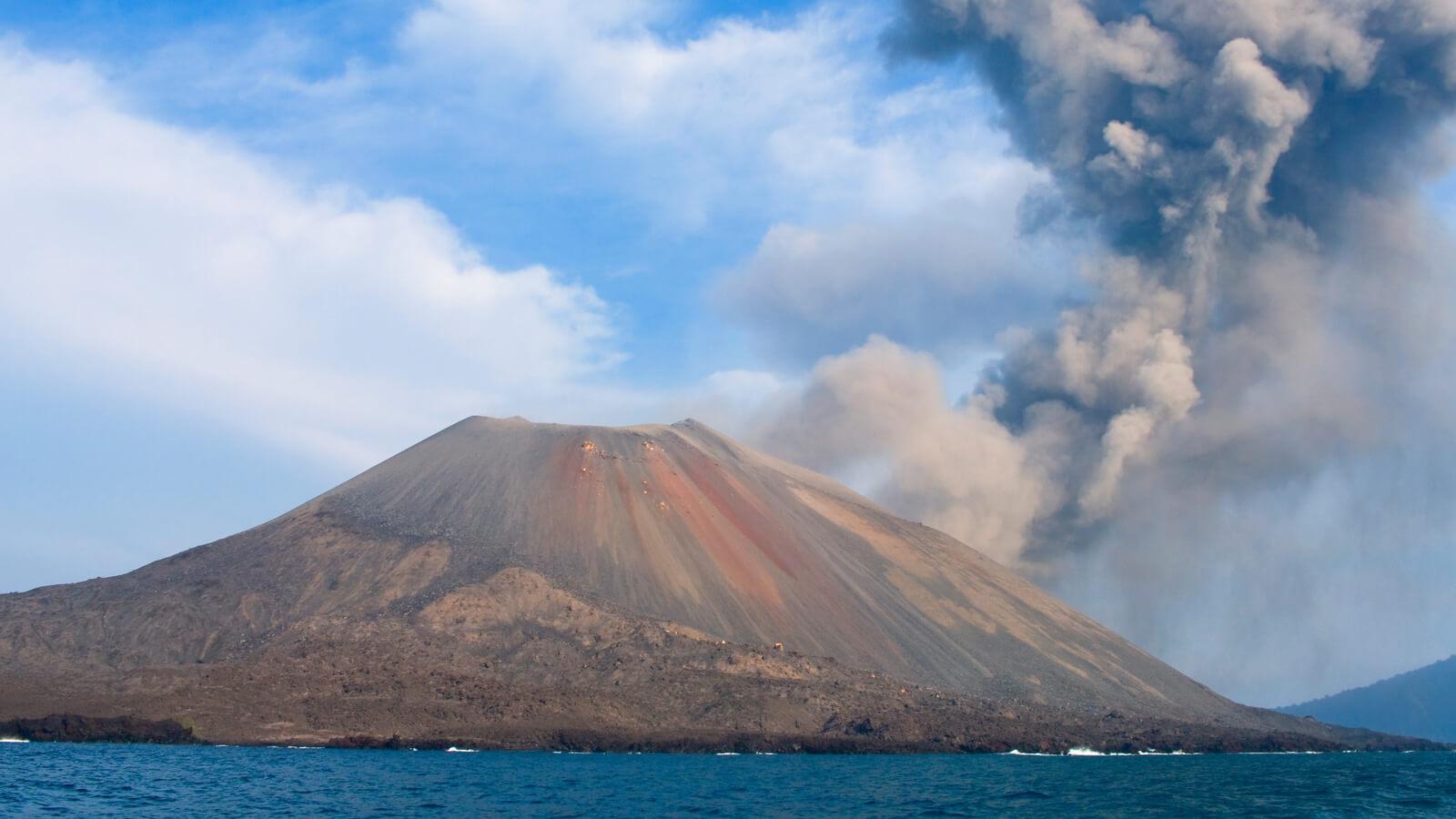 ostrov krakatya